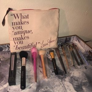 BRUSH BUNDLE W/BAG
